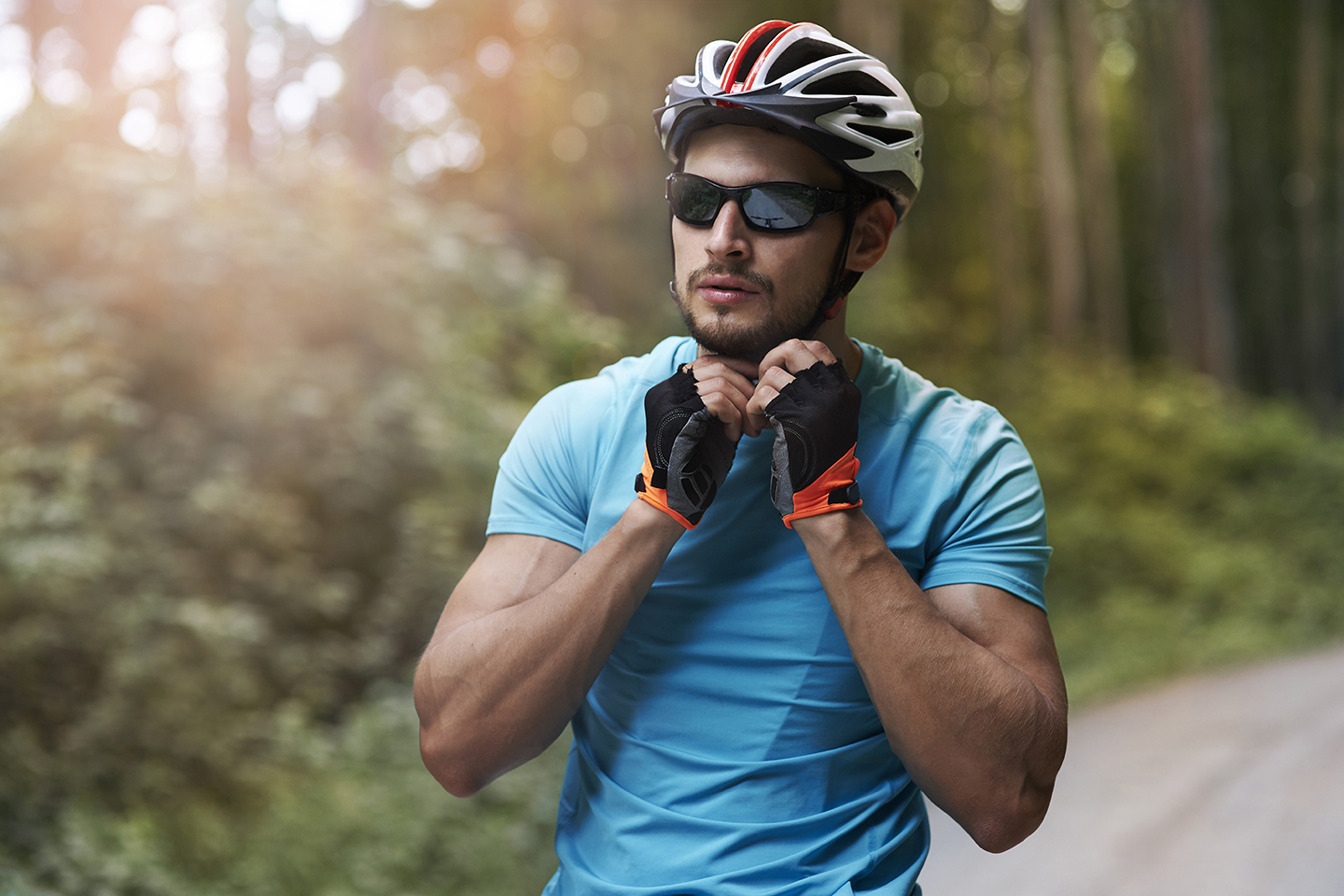 sports eyewear consists of high-strength frames